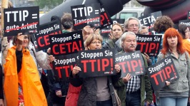 ttip-protest-london-march2.si